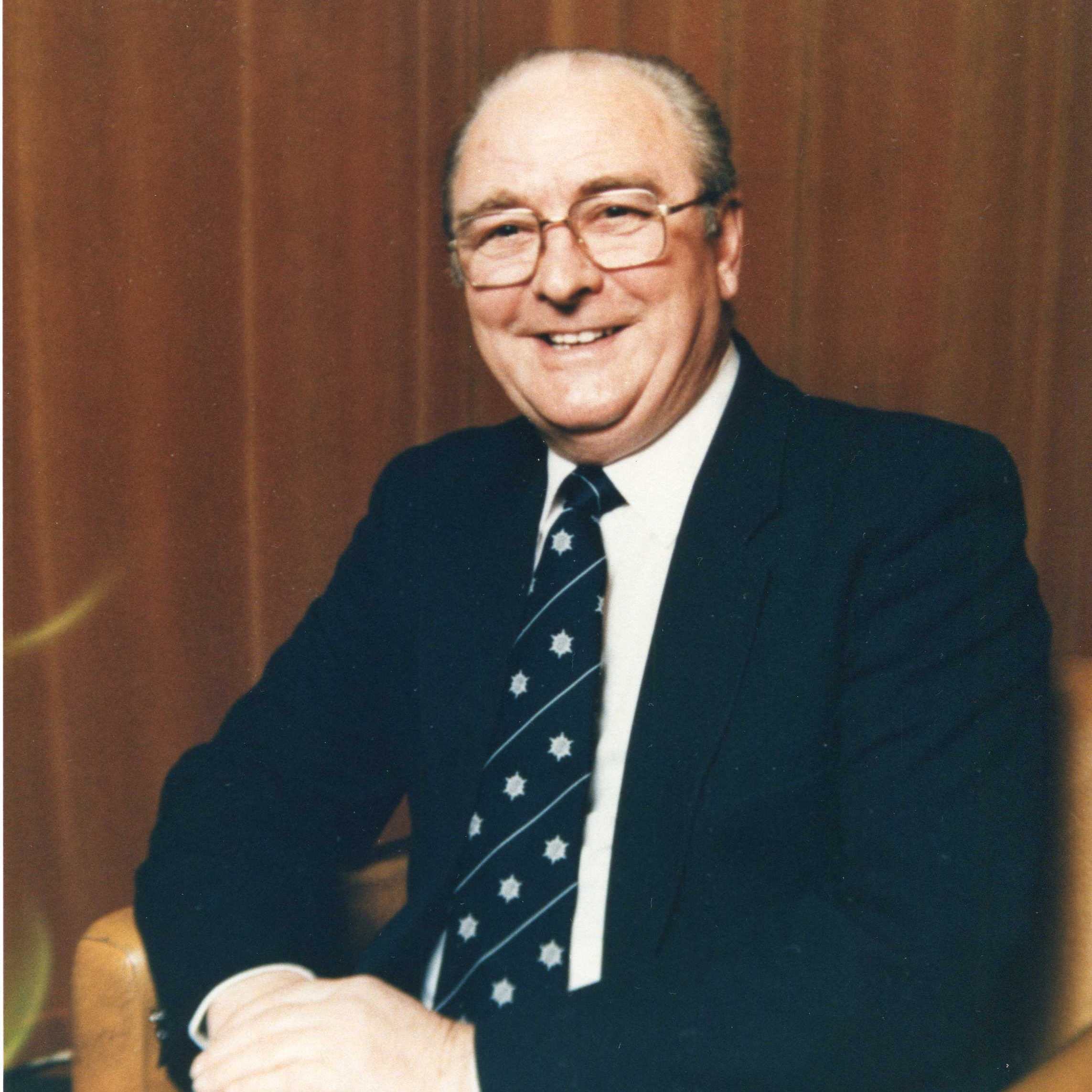 R Wilson - 1975-1977