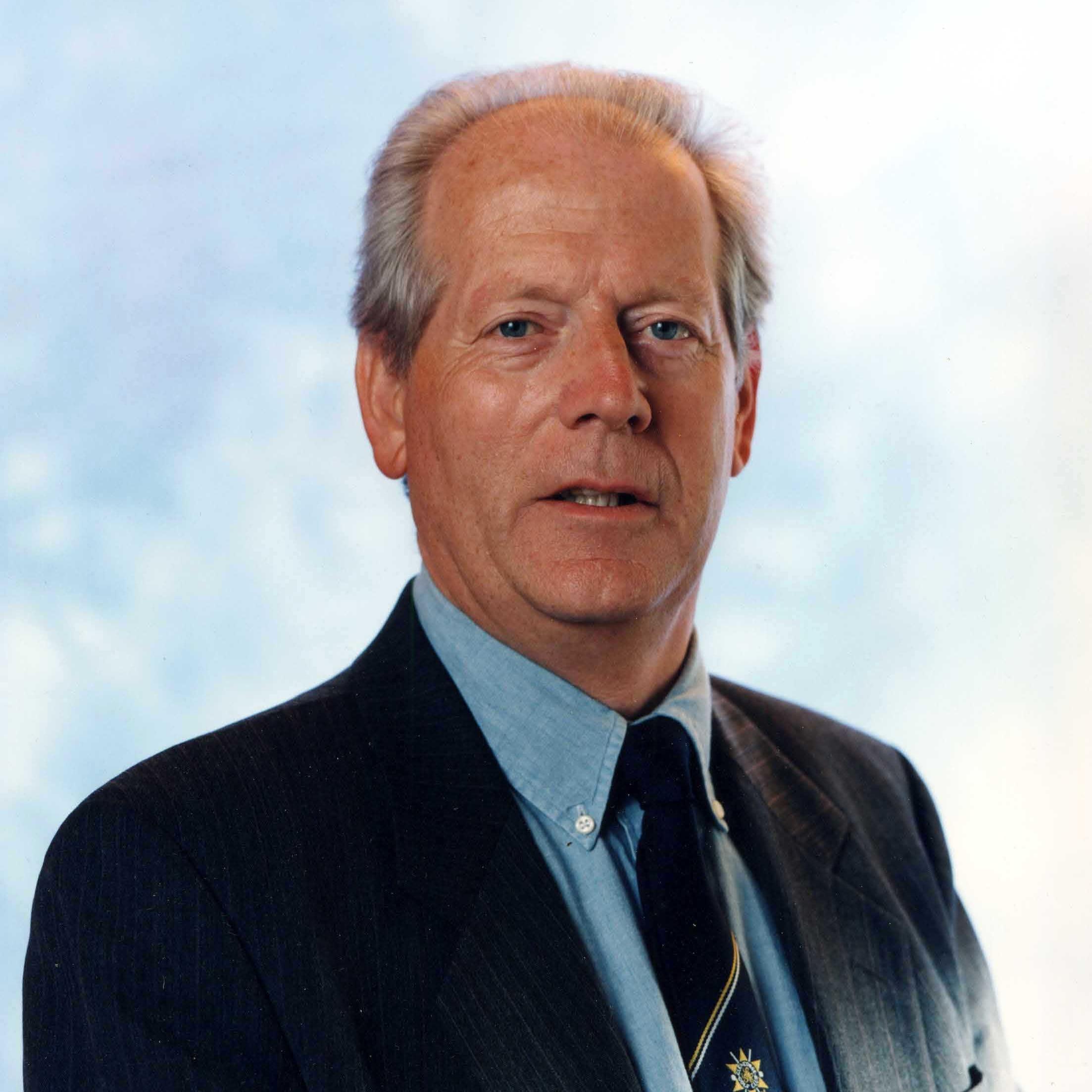 E Kynoch - 1999 - 2001
