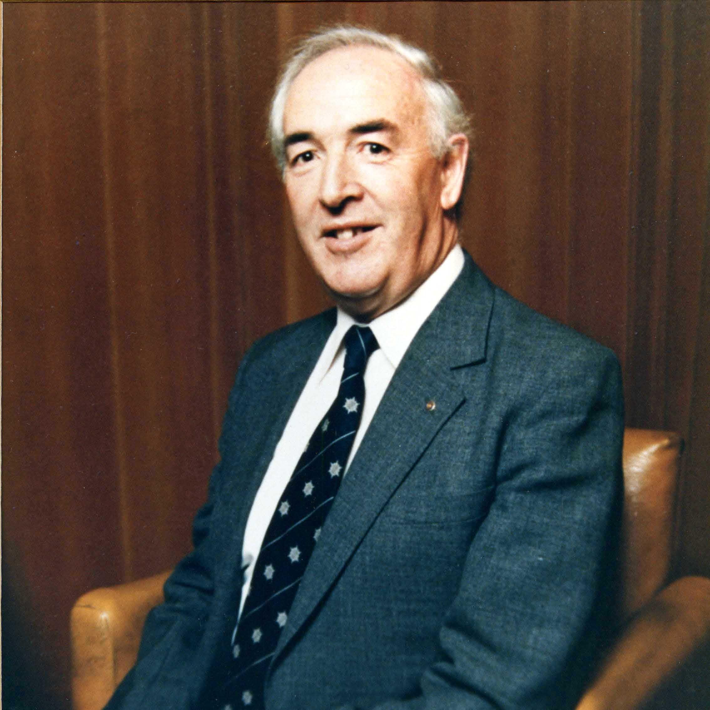 W A Riddell - 1985 - 1987