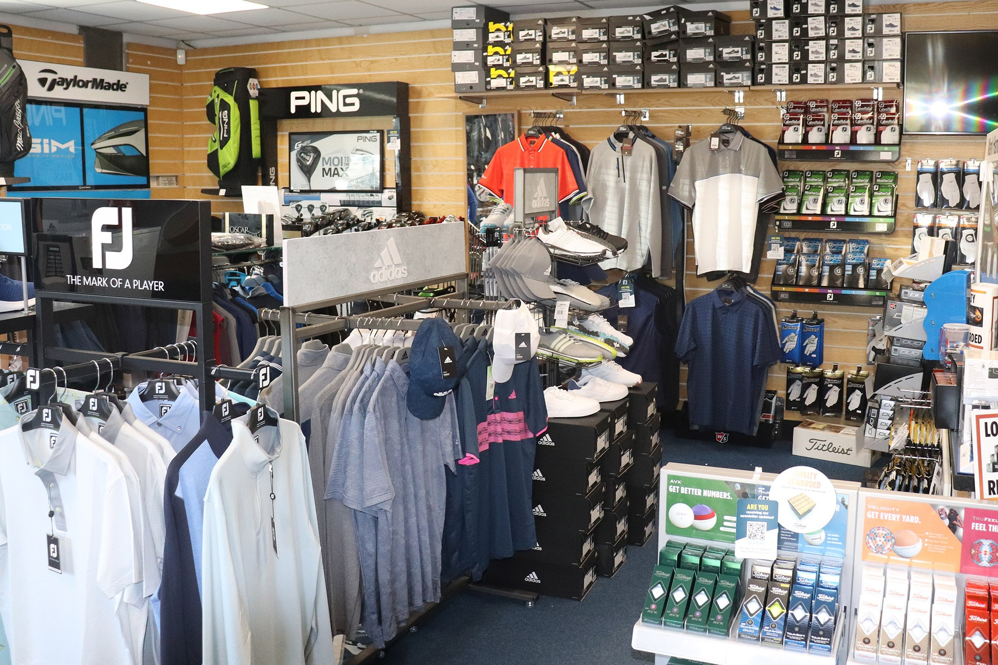 Golf bags, balls, gloves, refreshments & more