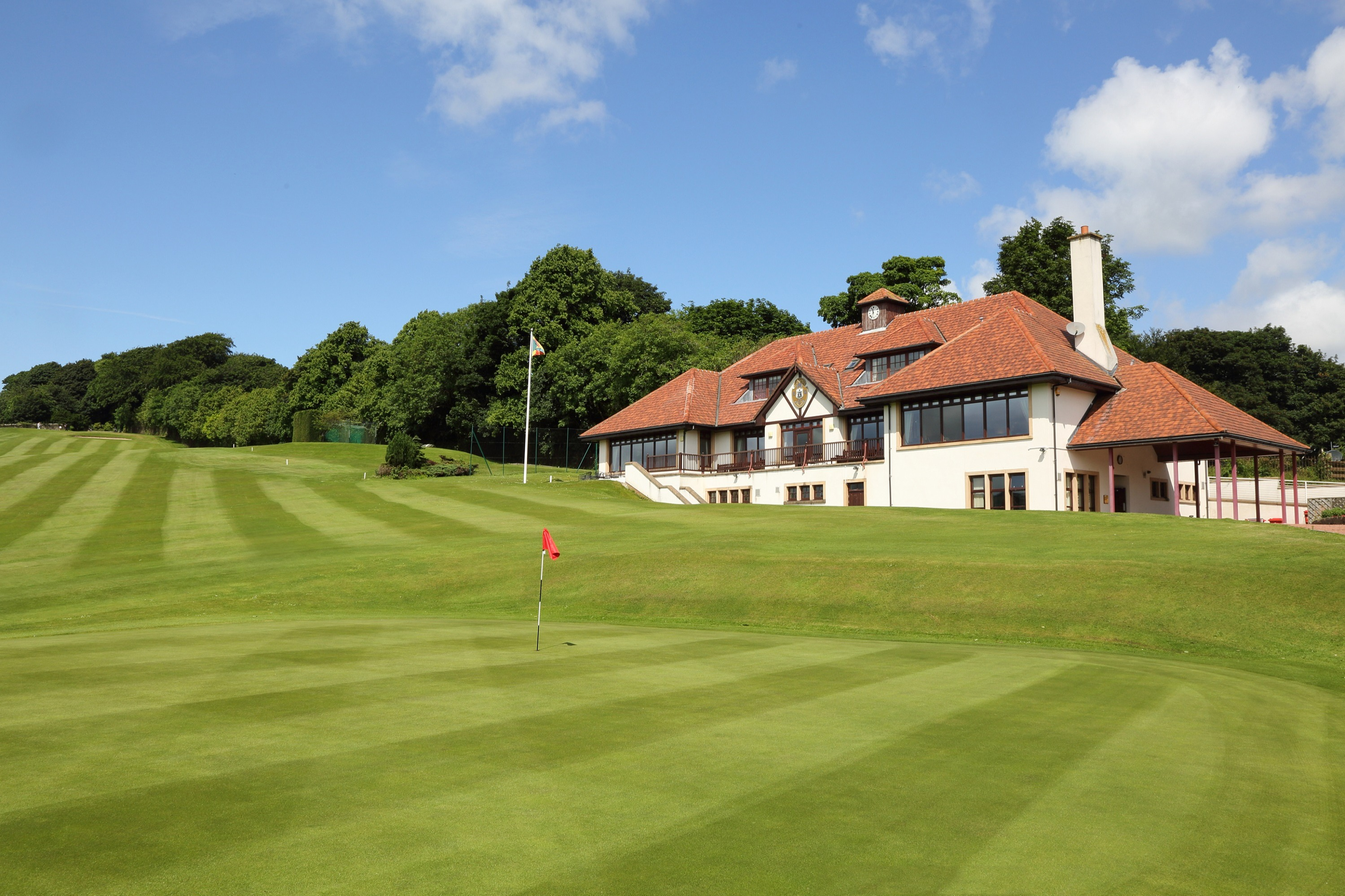 18th green next to the clubhouse