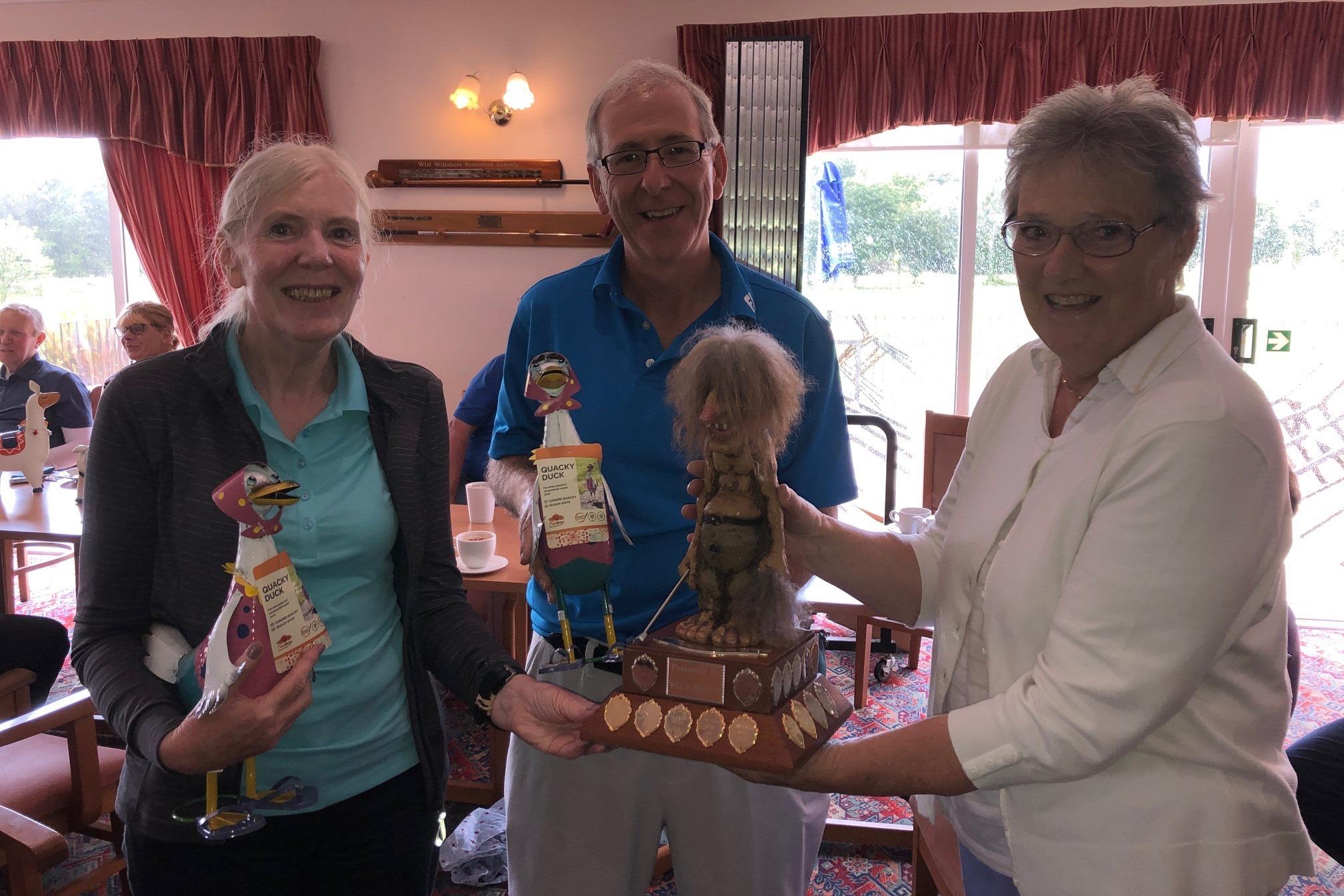 Gruesome Greensomes Winners - Ann Quesnell & Richard Light