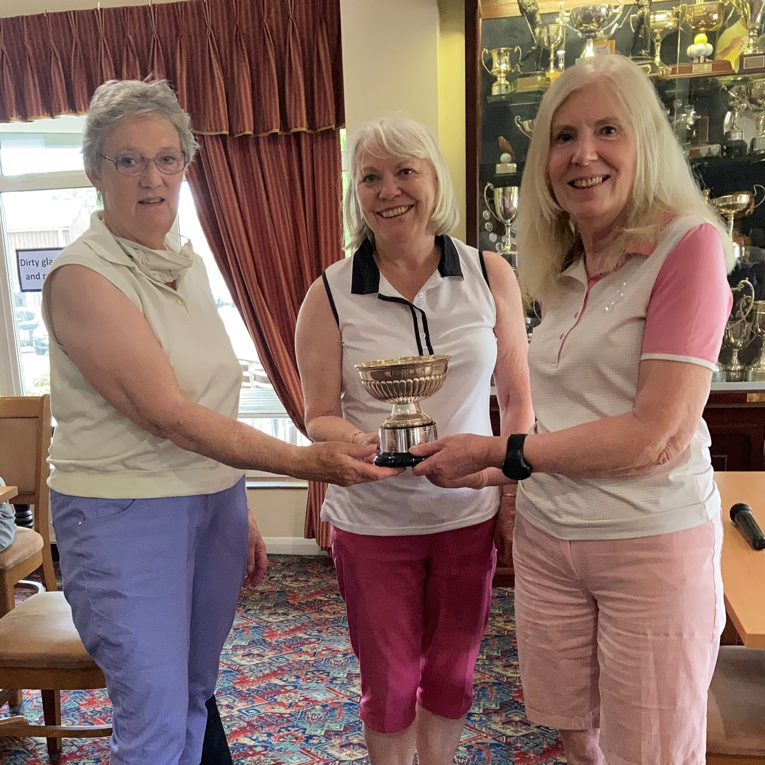 The winners of the Hall Rose Bowl were Katie Pantling and Ann Quesnell.