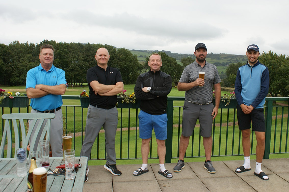 The Stamford lads enjoying a post round drink