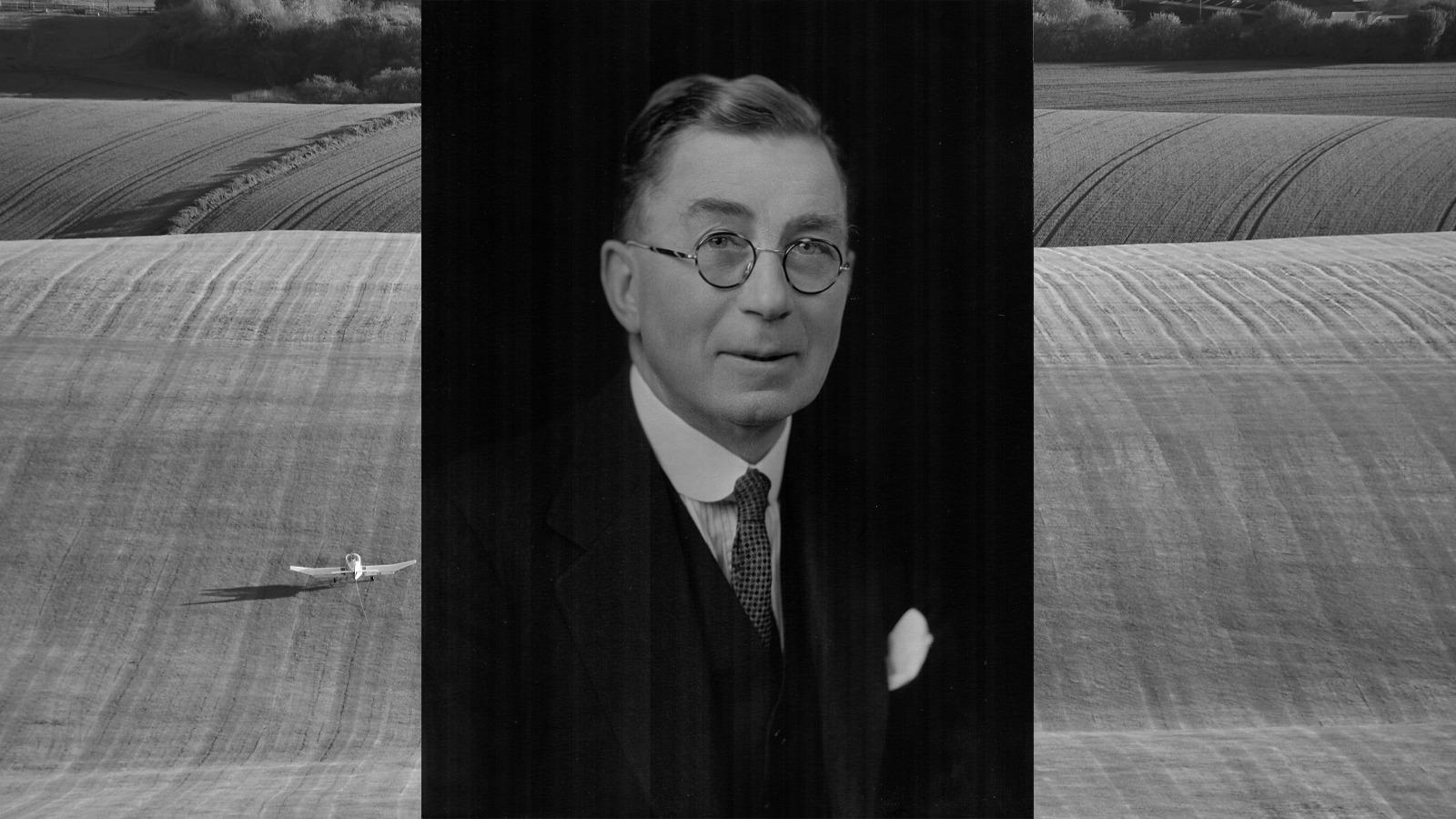 1934 - J R Lowndes