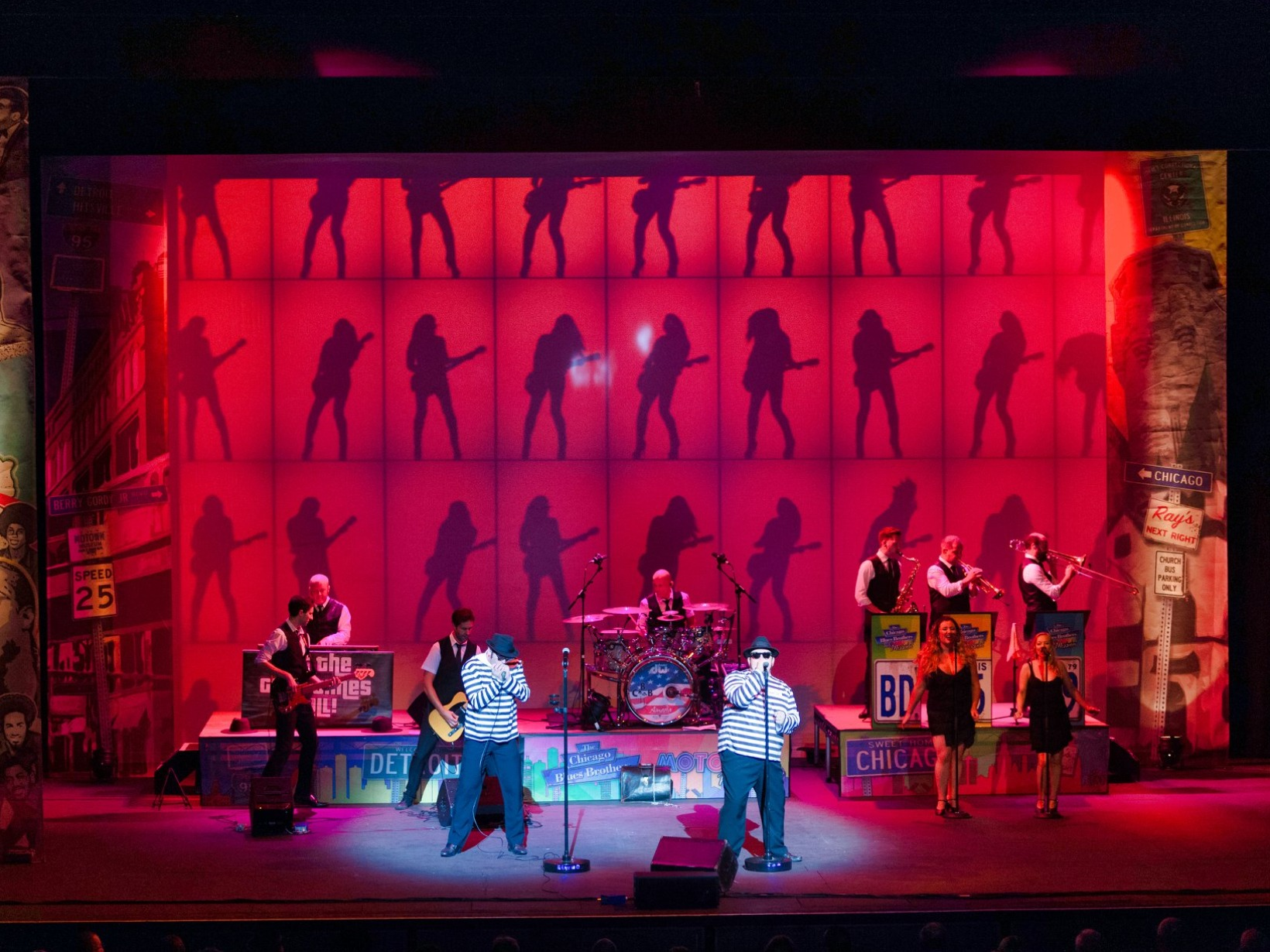 Dunstable Grove Theatre