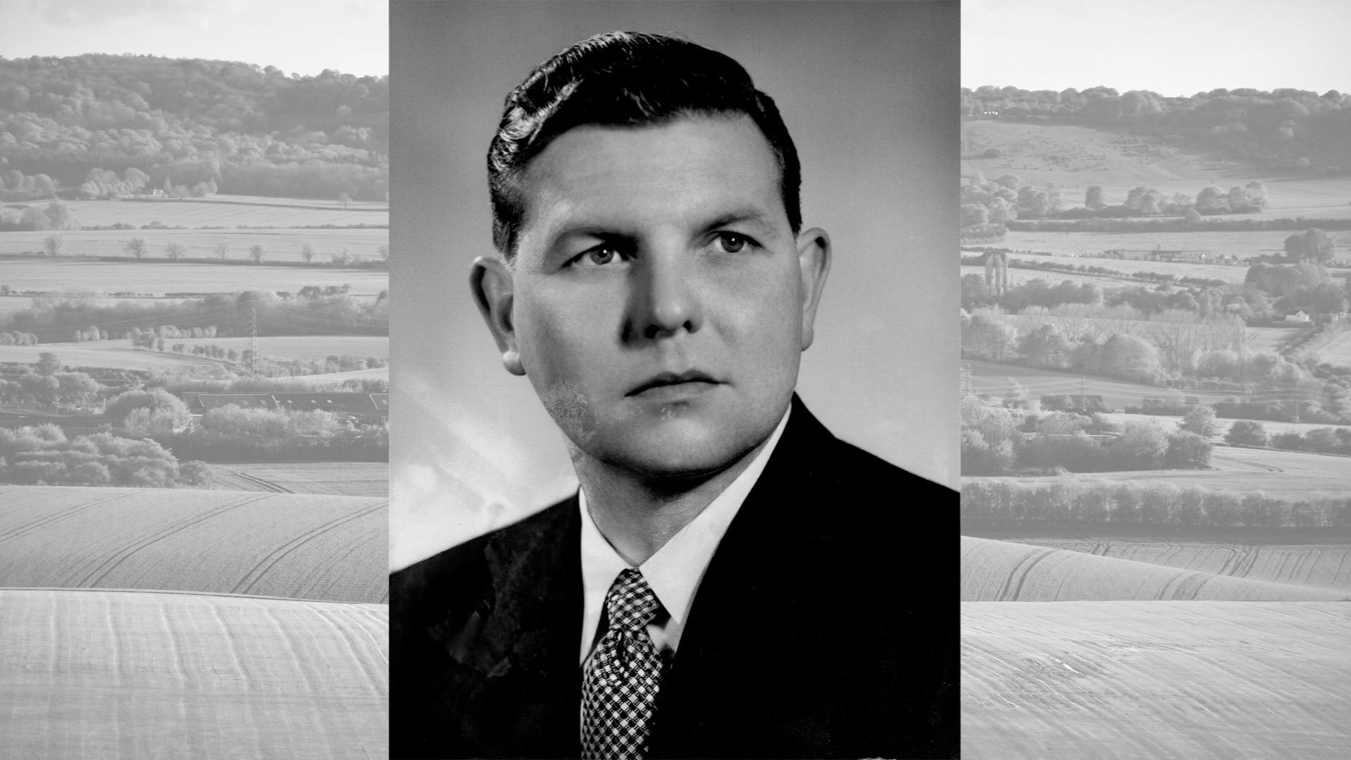 1957 - R G Durrant