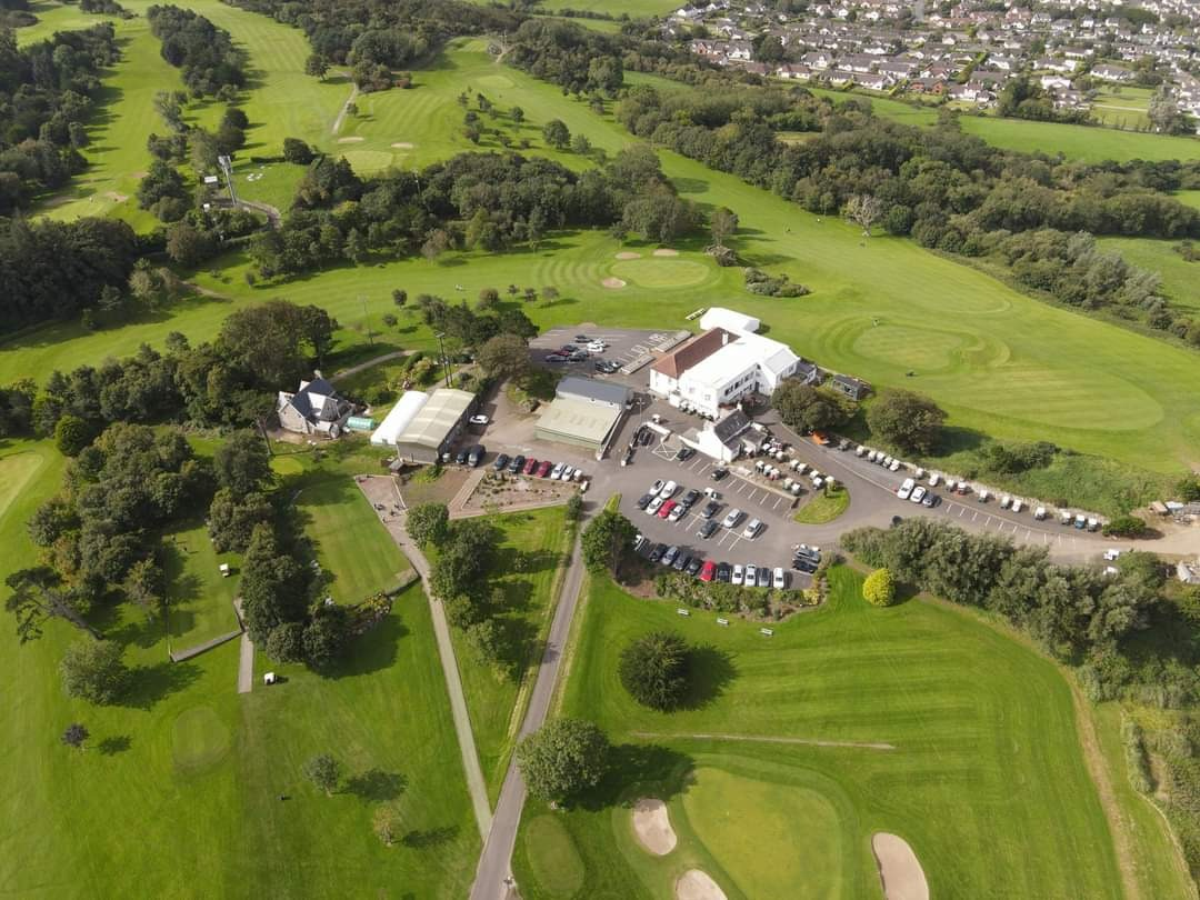 Clubhouse and course from above